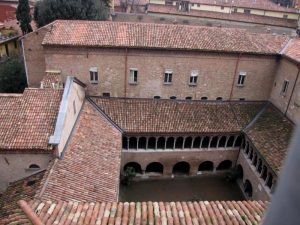 Vista chiostro e ala conventuale Est