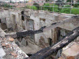 Immagine livello p. 2° dopo incendio ago.2008 (zona con copertura e sottotetto distrutti)